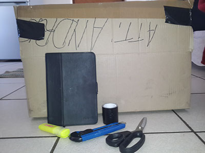 how to make a cardboard theatre