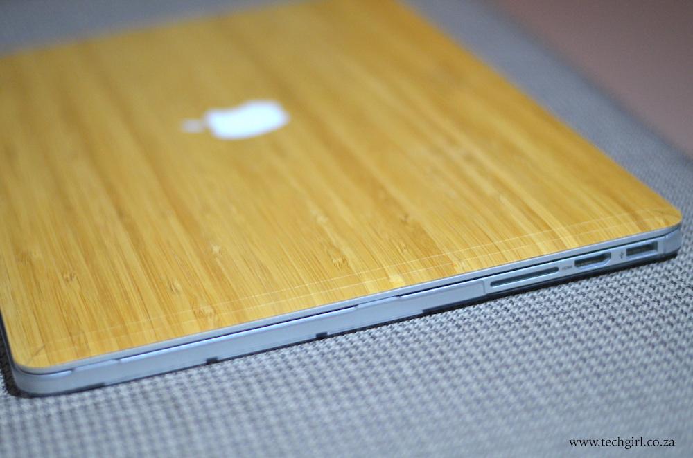 huge discount 79db5 7b7d6 An all wood MacBook skin - Tech Girl