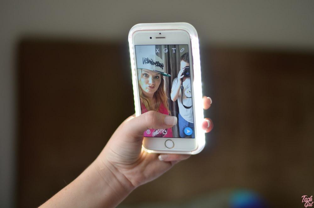 new product 6e8ba fbd49 A selfie light up phone cover that won't break the bank - Tech Girl