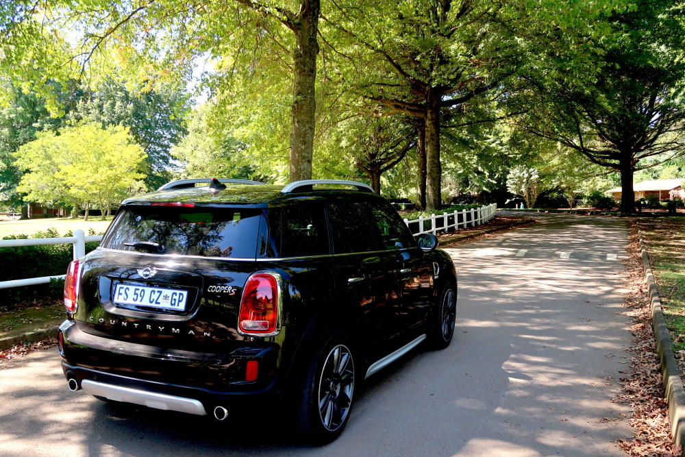 mini cooper countryman review